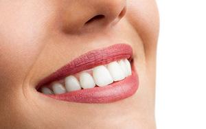 Denti perfetti ed in salute con gli impianti dentali